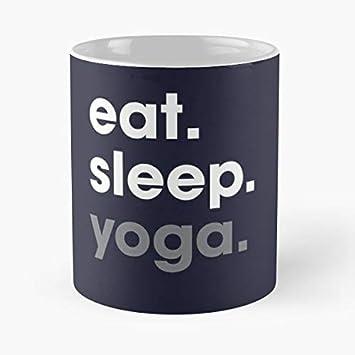 Amazon.com: Eat Sleep Yoga Repeats Mantra - Taza de cerámica ...