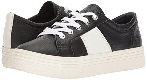 2e01c5122635 Amazon.com  Dolce Vita Women s Tavina Sneaker  Shoes