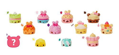- Num Noms Series 4 Sweets Sampler Lunch Box