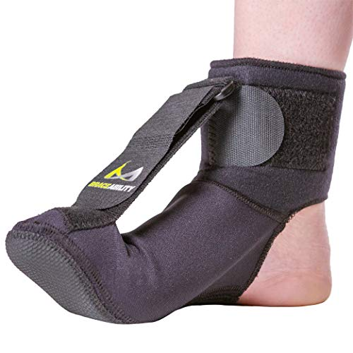 (BraceAbility Plantar Fasciitis Night Sock | Soft Stretching Boot Splint for Sleeping, Achilles Tendonitis Foot Support Brace & Heel Pain Relief Compression Sleeve (Medium))