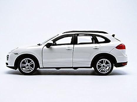 Bburago 21056W - Porsche Cayenne Turbo - 2011 - 1/24 Escala - Blanco: Amazon.es: Juguetes y juegos