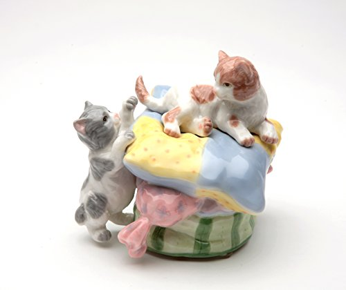 (Cosmos Gifts 80004 Fine Porcelain Playful Kittens Playing on Pillow Musical Music Box Figurine (Music Tune: The Entertainer), 3-3/4