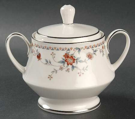 (Noritake Ivory China Adagio (Pattern #7237) Sugar Bowl with Lid)