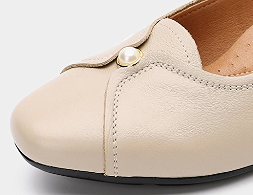 Sandals ZCJB Middle-aged Women's Shoes Mom Shoes Women's Shoes Spring Season Leather Work Shoes Woman Flat Bottom (Color : Yellowish brown, Size : 37) Apricot