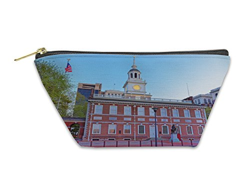 Gear New Accessory Zipper Pouch, Independence Hall In Chestnut Street Of Philadelphia In The Even, Large, - Stores Street Philadelphia Chestnut