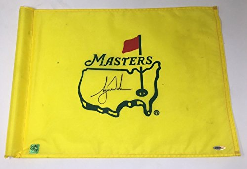 TIGER WOODS Autographed 2001 Augusta Nationals Masters Tournament Used Flag ()
