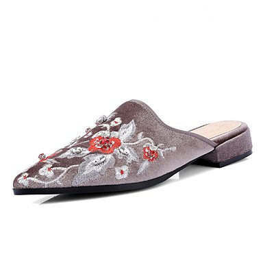 Women'szapatillas &Amp; Flip-Flops Verano Oto?o bordado vestido de lana zapatos casual tac¨®n bajo flor US8 / EU39 / UK6 / CN39