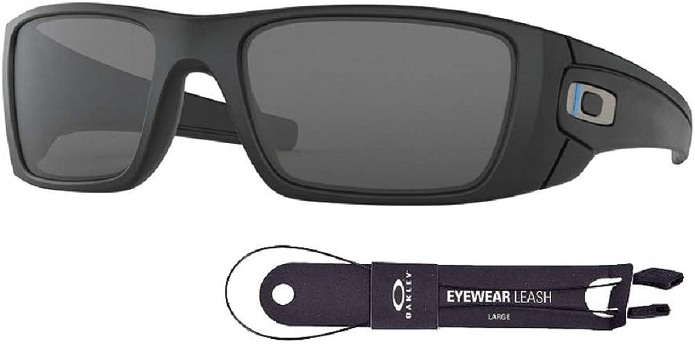 Oakley Fuel Cell OO9096 9096G5 60M Matte Black/Grey Sunglasses For Men+BUNDLE with Oakley Accessory Leash Kit