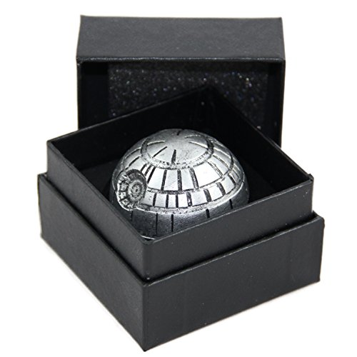 Death Star Weed Grinder   Todesstern Crusher   Star Wars Design Siebgrinder 3-Teilig   Gewürzmühle aus Metall mit Fein/Pollenfilter für Kief und Skuff