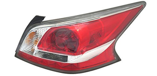 TYC 11-6479-90-1 Replacement Right Tail Lamp (NISSAN ALTIMA) ()