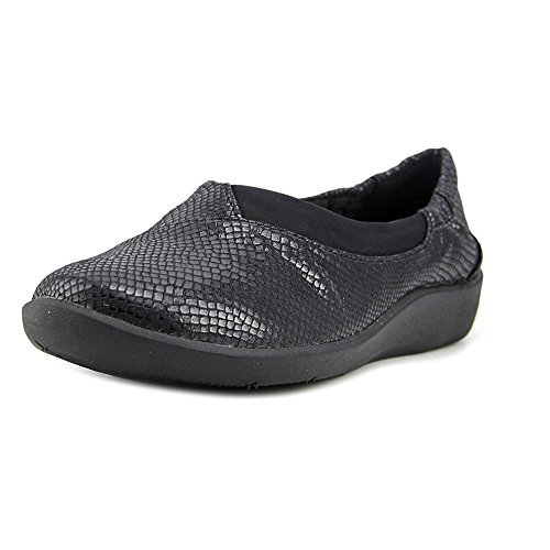 CLARKS Womens CloudSteppers Sillian Jetay Flat Black Snake Print