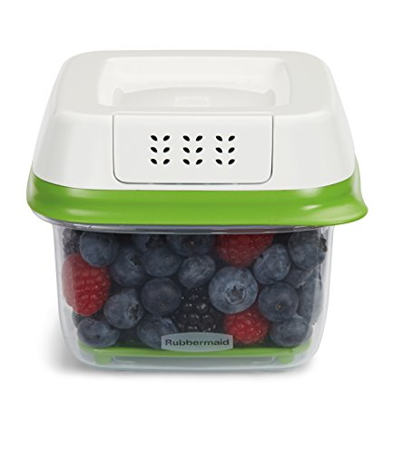 Rubbermaid FreshWorks Produce Saver 2-piece Set