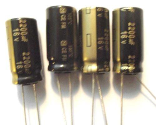 2200uF 16/V 105/C Panasonic eeufm1/C222/faible ESR tr/ès long life x4pieces