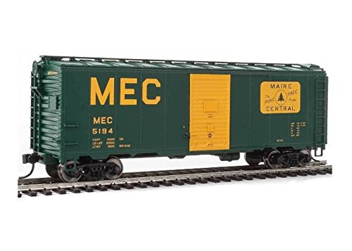 40' AAR MODIFIED 1937 BOXCAR - READY TO RUN -- MAINE CENTRAL 5194 (GREEN, YELLOW, LARGE MEC & THE PINE TREE ROUTE LOGO)