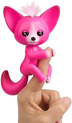 WowWee Fingerlings - Interactive Baby Fox - Kayla (Hot Pink)