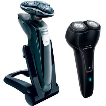 PHILIPS NORELCO 1255XTR/45 SENSOTOUCH 3D Electric Shaver + Travel Shaver + Case by Philips