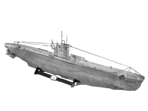 Revell 05015 1/72 U-Boat Type VIIC (Remote Control German Submarine)