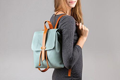 Sandori Damen Rucksack, Ledertasche aus echtem und weichem Rindsleder Farbe Moos