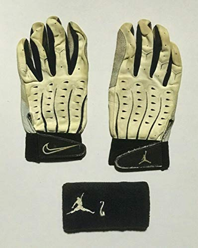 Derek Jeter Yankees Game used Jordan Nike Batting Glove Wristband Lot COA - MLB Game Used Gloves