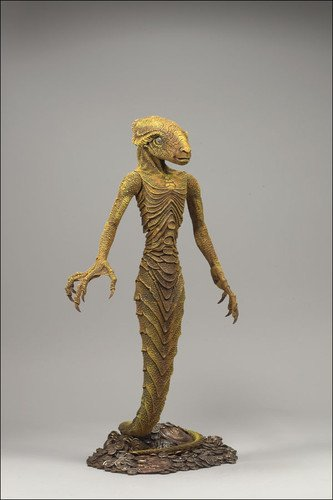 Amazon.com: McFarlane Toys Beowulf Action Figure Grendel's Mother ...