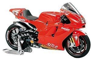Masterwork Collection 1/12 MotoGP Ducati Desmosedici 04 No.65 Finished Finished Finished Model (japan import) 4684e9