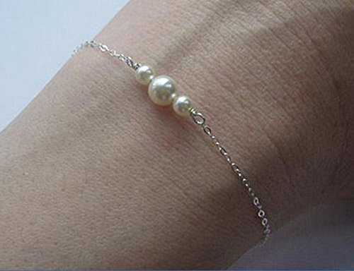 (Leiothrix Bracelet in Silver with Alloy & Pearls for Women and Girls on Any Occasion)