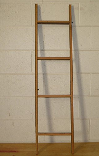 Handcrafted 4 Foot Barn Wood Decorative Ladder ()