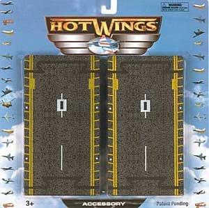(Hot Wings Runway Accessory (4 6