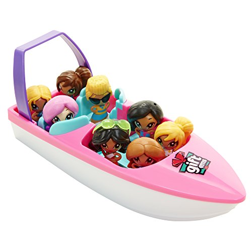 Gift?ems Speed Boat with Exclusive Boy Captain