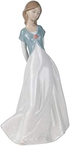 Nao by Lladro Collectible Porcelain Figurine TRULY IN LOVE – 10 tall – beautiful young lady