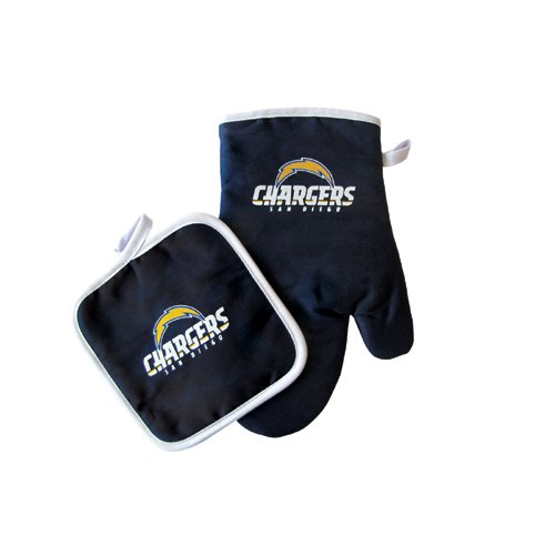 San Diego Chargers NFL Oven Mitt and Pot Holder Set (Store San Outlet Diego)