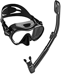 Frameless masks are loved by many divers for their low-profile and ability to fold flat for easy carrying, even in a BC pocket. Cressi's frameless design bonds a high-grade silicone skirt directly to a single lens for the ultimate in simplici...