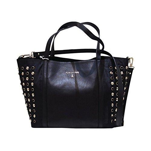 PATRIZIA PEPE Borsa Shopping a mano e tracolla borchie - Nero  Amazon.it   Abbigliamento 9cc76a82aa2