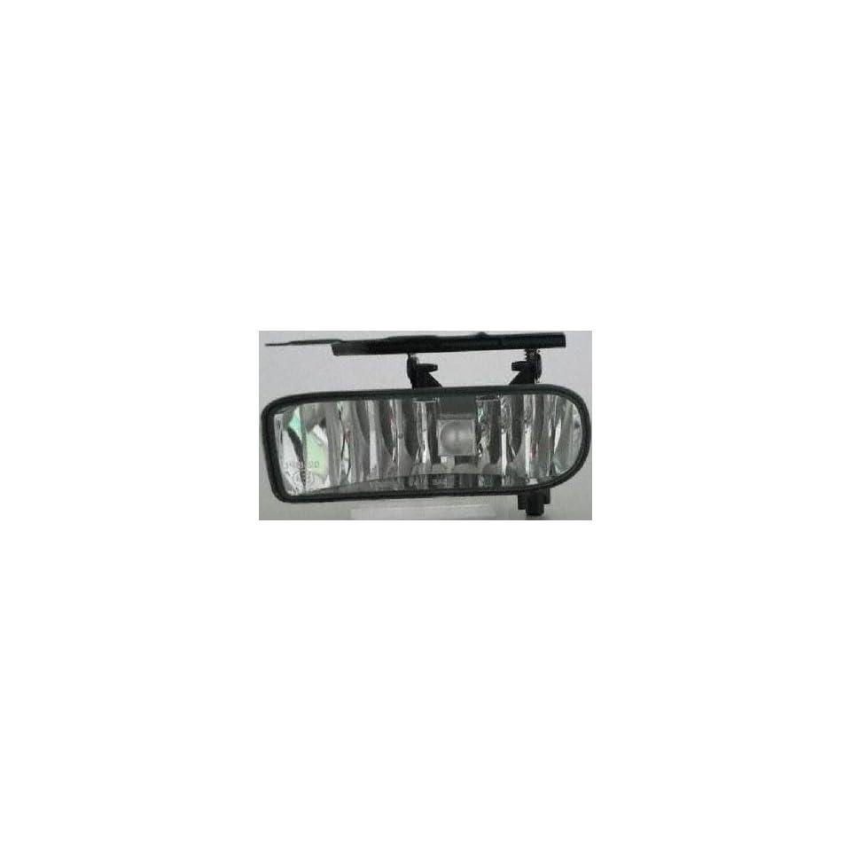 03 05 CADILLAC ESCALADE ESV FOG LIGHT LH (DRIVER SIDE) SUV (2003 03 2004 04 2005 05) C107504 15187251