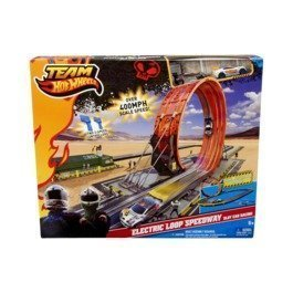 Amazon Com Team Hot Wheels Electric Loop Speedway Slot Car Racing
