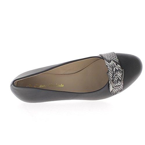 Scarpe grandi dimensioni tallone nero piccolo 5,5 cm e flangia decorativa