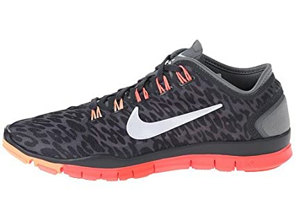 quality design 25d8c 3f697 Amazon.com  Nike Free TR Connect 2  Everything Else
