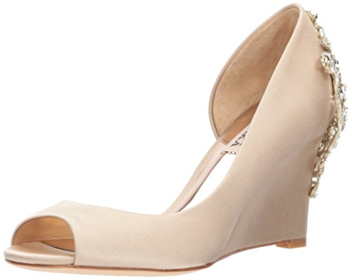 Badgley Mischka Women's Meagan Pump, Nude, 7.5 M US by Badgley Mischka