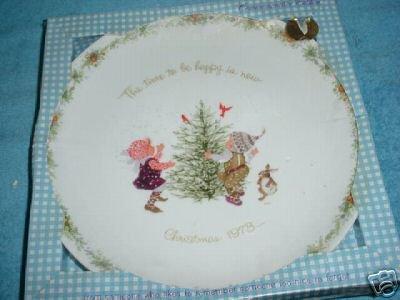 Holly Hobbie Christmas 1973 Plate
