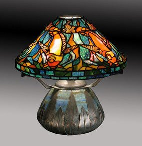 Tiffany Koi Fish Table Lamp   This Museum Quality All Hand Crafted 430  Piece Koi Fish