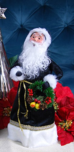 Byers Choice Christmas Figures (BYERS CHOICE - SANTA WITH DELLA ROBBIA CHRISTMAS WREATH - NEW FOR CHRISTMAS 2017)