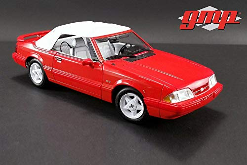 (GMP 1992 Ford Mustang LX 5.0L Convertible, Vibrant Red with White 18822 - 1/18 Scale Diecast Model Toy Car)