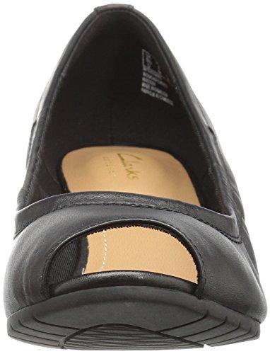 Clarks Mujer Vendra Daisy Dress Pump Black Leather