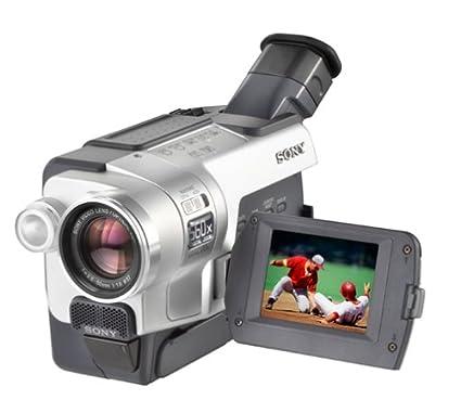 amazon com sony ccdtrv318 hi8 camcorder with 2 5 lcd and steady rh amazon com Sony Hi8 Camcorder Tapes Sony Handycam Camcorder Manual