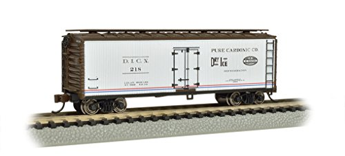 (Bachmann Industries Wood Side Reefer Pure Bionic Company N-Scale Freight Car, 40')