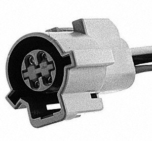 Standard Motor Products S631 Pigtail/Socket ()