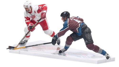 McFarlane Toys NHL Sports Picks Action Figure 2Pack Brendan Shanahan (Detroit Red Wings) VS. Rob Blake (Colorado - Mcfarlane 2 Nhl Figure
