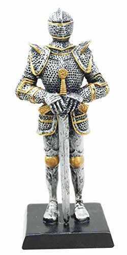 """Ptc Group DOLL HOUSE MINIATURE 5"""" MEDIEVAL KNIGHT WITH LO..."""