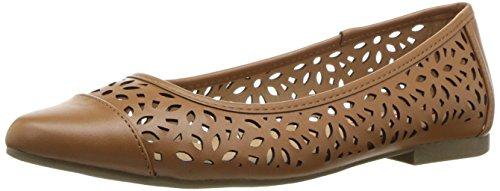 UNIONBAY Women's Willis Pointed Toe Flat Cognac