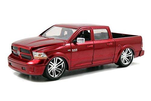 Diecast Dodge Ram (Jada Just Truck Series: 2014 Dodge Ram 1500 Custom Edition 1:24 Scale (Red))